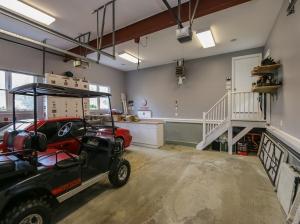 600 sq ft garage