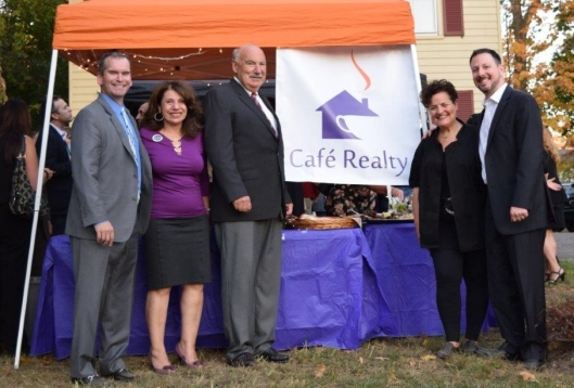 cafe-realty-grand-opening-partners-with-mayor